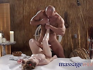 massage babe fingering